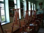 The drawing room where the nuns create painted icons.